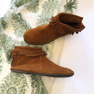 Vtg Minnetonka Moccasins Suede Ankle Booties 10